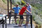 So sehen glückliche Männer aus ... besonders Fred nach seiner Erscheinung am Strand :-)